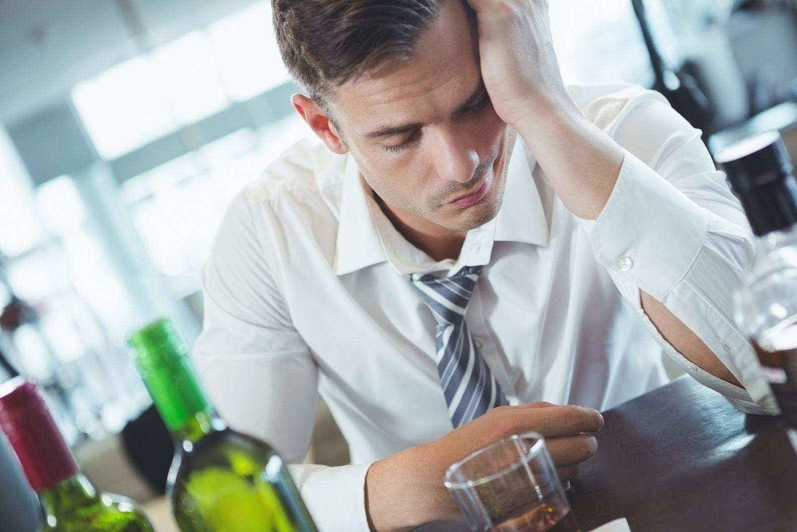 Вывод из запоя Москве цены организация благотворительная мариуполь лечение алкоголизма исход